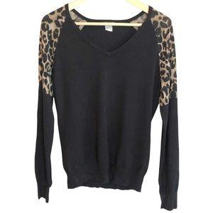 Venus Leopard shoulder knit sweater